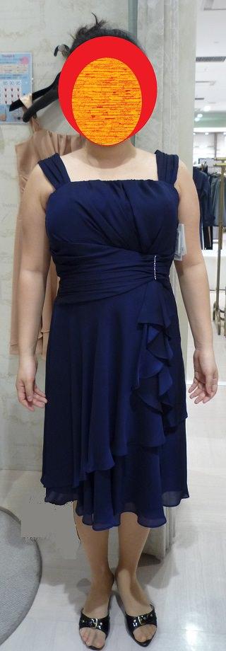 胸が大きくてぽっちゃり体型の女に合うドレス